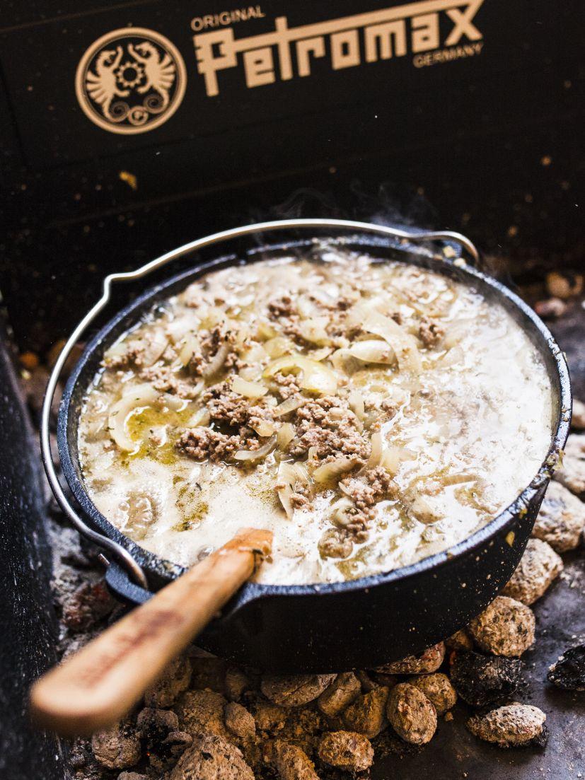 Dutch Oven Käse-Lauch-Suppe - Rezepte, Petromax, Suppenküche